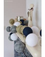 Kompozycja kolorowych kul LED Angels Lights by Scraperka Cotton Ball Lights