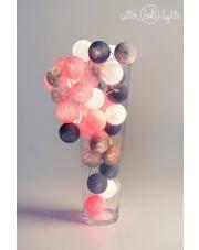 Kompozycja kolorowych kul LED Grey & Pink Cotton Ball Lights