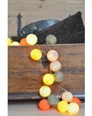 Kompozycja kolorowych kul Tierra Cotton Ball Lights
